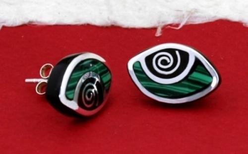 Елегантна колекция обеци, пръстени и медальони от рог и сребро