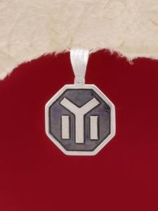 Медальон M20