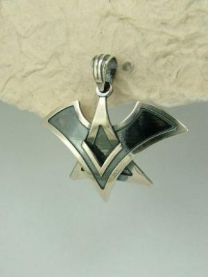 Медальон M34