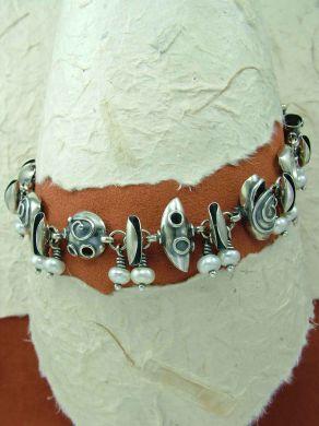 Гривна от сребро HB39