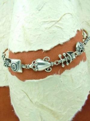 Гривна от сребро HB45