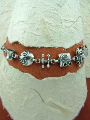 Гривна от сребро HB62