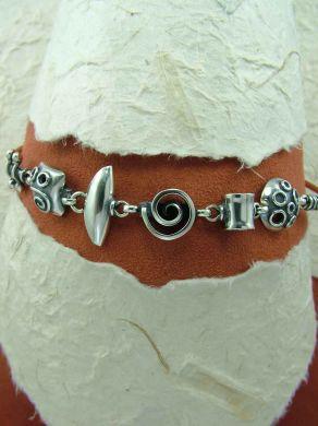 Гривна от сребро HB64