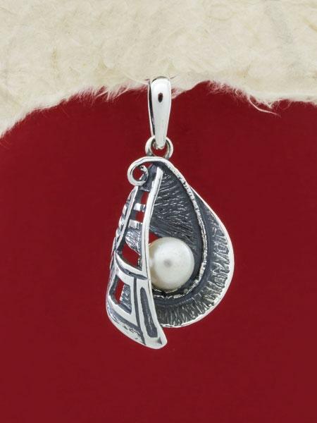 Сребърен медальон с перла PK230