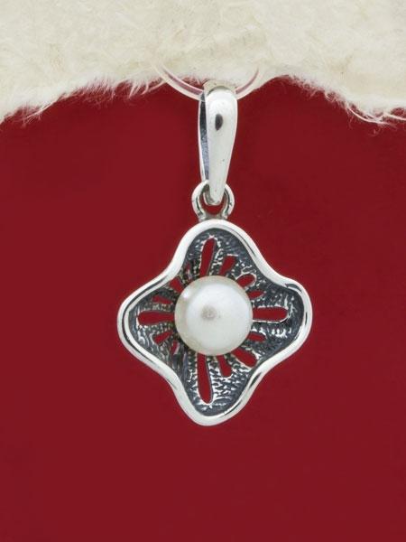 Сребърен медальон с перла PK243