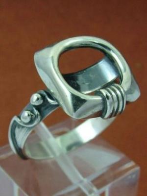 Дамски сребърен пръстен  HR54