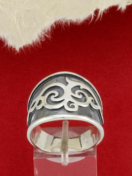 Сребърен пръстен R118