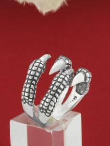Сребърен пръстен R142