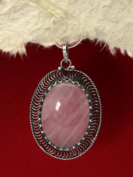 Сребърен медальон филигран - FPK84 - Розов кварц