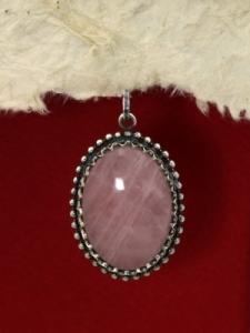 Сребърен медальон филигран - FPK77-Розов кварц