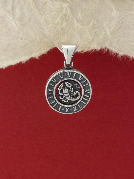 Сребърен медальон P203skorpion