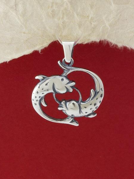Сребърен медальон - P219ribi