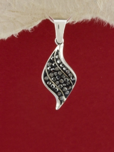 Сребърен медальон - P303
