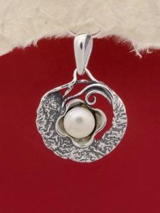 Медальон P11