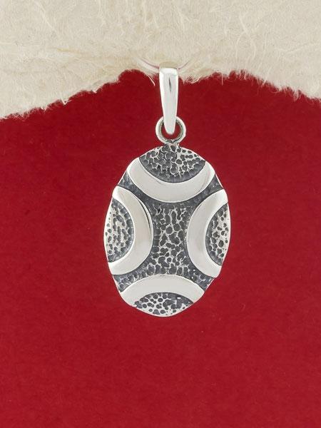 Сребърен медальон - PK36