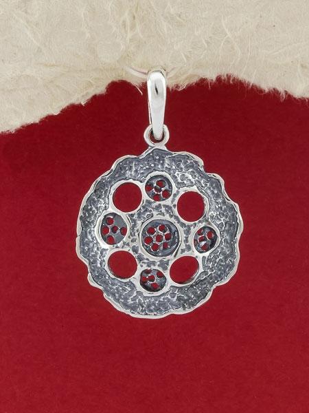 Сребърен медальон - PK38