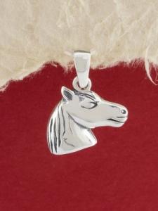 Сребърен медальон P35