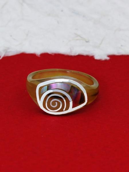Пръстен от рог и сребро - CRK10 Седеф
