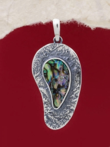 Сребърен медальон със седеф - SPK007
