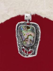 Сребърен медальон със седеф - SPK003