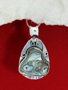 Сребърен медальон със седеф - SP17