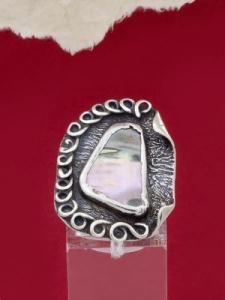 Сребърен пръстен със седеф - SRK001