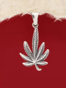 Сребърен медальон P222