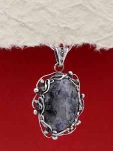 Сребърен медальон FPK95 - Кордиерит