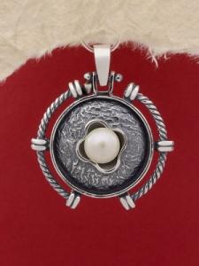 Медальон от сребро P146