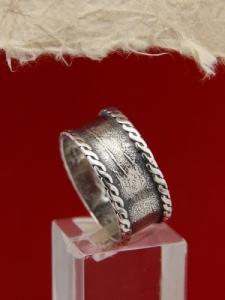Пръстен от сребро SR8