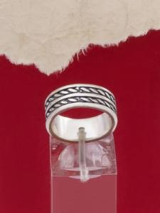 Сребърен пръстен - R469