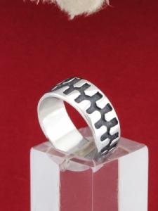 Сребърен пръстен R75