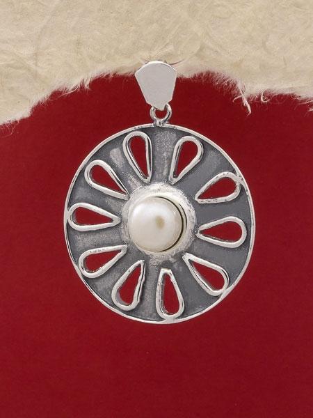 Медальон P130