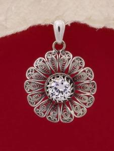 Сребърен медальон филигран STP118
