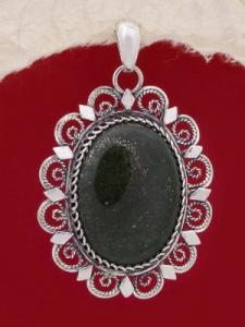 Сребърен филигранен медальон - STP119- Тъмно зелен Авантюрин