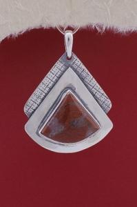 Медальон PKWS19 - Брекча яспис