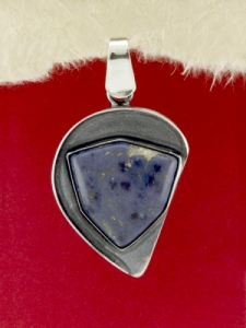 Сребърен медальон PKWS37 - Син кварц