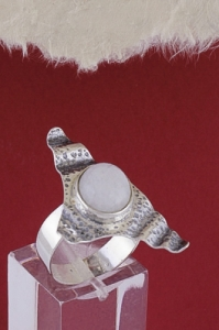 Сребърен пръстен RKWS51 - Млечен кварц