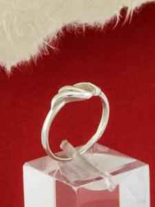 Сребърен пръстен - R204