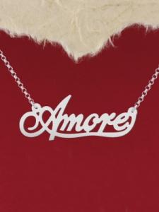 """Сребърно колие с надпис """"Amore"""""""