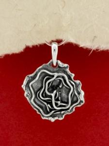 Сребърен медальон- ръчно изработен - SP68