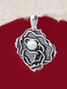 Ръчно изработен сребърен медальон - SP33