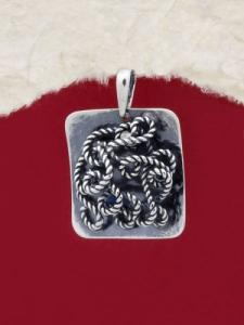 Ръчно изработен сребърен медальон - SP52