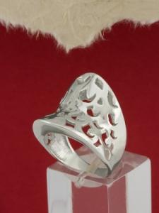 Сребърен пръстен - R165