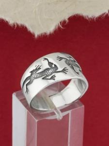 Сребърен пръстен - R166