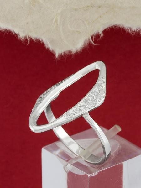 Сребърен пръстен - R168