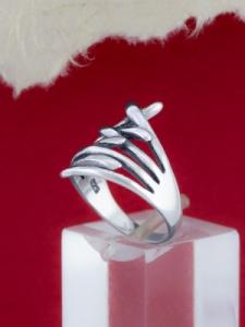 Сребърен пръстен - R178