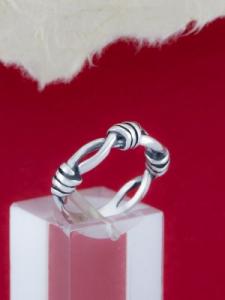 Сребърен пръстен - R189
