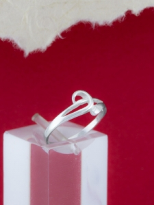 Сребърен пръстен - R198
