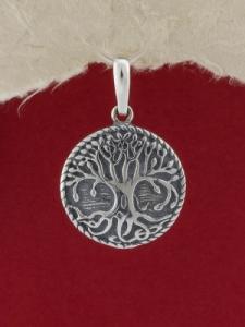 Сребърен медальон - P348